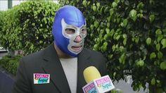 Blue Demon es amigo del hijo del Santo (VIDEO)