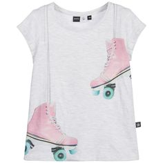 Girls light grey melange, short sleeved jersey top by Molo. On the front, there is a print of a pair of hanging, pink retro roller skates with aqua blue wheels, grey laces and a designer logo tag on the side.  Model: Height 128cm (average 8 year) Size of t-shirt shown in the photo: 8years
