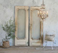 Vintage doors...great wedding photo props