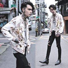 Magnus Home for Wayward Shadowhunters Korean Fashion Men, Japanese Street Fashion, Asian Fashion, Mens Fashion, Fashion Outfits, Fashion Trends, Cheap Fashion, Fashion Boots, Runway Fashion