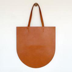 Sara Barner — Thompson Bag