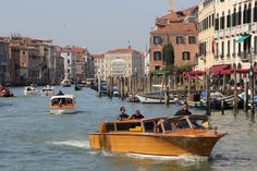 Water Taxis on Grand Canal Venice. http://www.tipsfortravellers.com/visiting-venice/