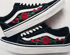Bourgeons rose rouge/noir unisexe personnalisé Rose brodé-Patch Vans Old-Skool baskets