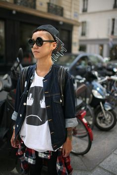 Paris Fashion Week street style [Photo by Kuba Dabrowski] #sunglasses
