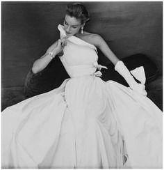Henry Clarke 1954 Madame Gresb