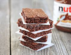 Easiest 3 Ingredient Nutella Brownies - I must say these are super quick in a pinch and yummy! 3 Ingredient Nutella Brownies, Easy Nutella Brownies, Just Desserts, Delicious Desserts, Dessert Recipes, Yummy Food, Nutella Recipes, Brownie Recipes, Three Ingredient Recipes