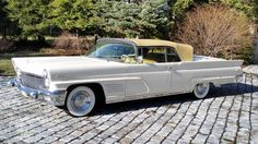 Lincoln Continental Mark 5 Convertible✿ Maintenance of old vehicles: the material for new cogs/casters/gears/pads could be cast polyamide which I (Cast polyamide) can produce Car Ford, Ford Trucks, Vintage Cars, Antique Cars, Convertible, Lincoln Motor Company, Mercury Cars, Go Car, Ford Lincoln Mercury