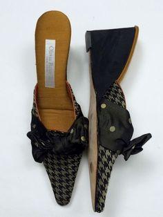 NEW Olivia Rose Tal 8 Black Gold Houndstooth Polka Dot Wedge Mules Slide Heels…
