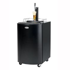 Dispenses beer easily and quickly to even the thirstiest crew!