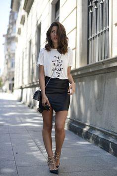 black and white // t-shirt + asymmetrical skirt // heels