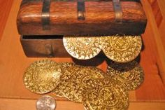 Treasure Chest Stuffed With Cursed Aztec Gold Coins - You Choose Quantity Pirate Coins, Aztec Gold, Treasure Chest, Gold Coins, Decorative Boxes, Pirates, Accessories, Decorative Storage Boxes, Jewelry Accessories
