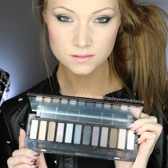Tutorial AND Review of the new Urban Decay Naked Smoky palette! You can find it at ULTA!