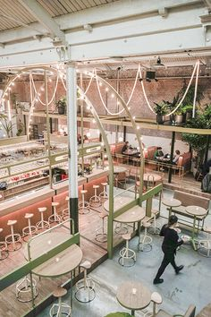 Looking for a spot where you can work, brunch, chill, dine ANDdrink cocktails? Make sure to check out the latest