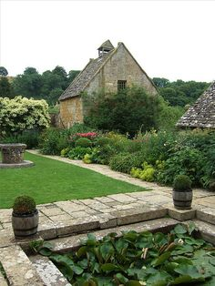 Snowshill Manor, Gloucestershire by Sheepdog Rex on Flickr.