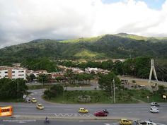 Qué tanto conoces Bucaramanga y su área metropolitana ? Dinos donde se tomó esta foto. Gracias Miguel Angel Suarez (http://on.fb.me/1viMsM2) por compartirla.
