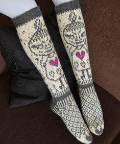 Lille my football - Super knitting Lace Knitting, Knitting Socks, Baby Knitting Patterns, Knit Crochet, Lace Socks, Wool Socks, Yarn Stash, Hobbies And Crafts, Yarn Crafts