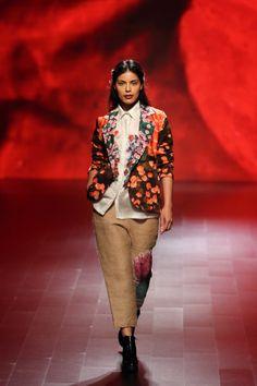Aartivijay Gupta at Lakmé Fashion Week winter/festive 2016 Lakme Fashion Week, Winter, Festive, Style, Winter Time, Swag, Stylus, Winter Fashion