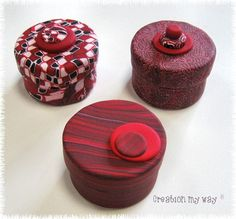 tutorial on covering a small box with polymer clay Polymer Clay Figures, Polymer Clay Canes, Fimo Clay, Polymer Clay Projects, Polymer Clay Jewelry, Clay Crafts, Clay Box, Metal Clay, Polymer Clay Embroidery