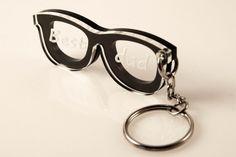 Personalized Keychain Glasses Original Present por ecoandfun