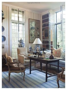 One Man's Folly: The Exceptional Houses of Furlow Gatewood: Julia Reed, Paul Costello, Rodney Collins, Bunny Williams liking the whites/neutrals with blue and white accessories. Living Area, Living Spaces, Living Rooms, Interior Decorating, Interior Design, Decorating Ideas, White Rooms, Chinoiserie, White Decor