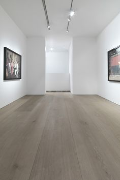 Find out more about Dinesen Douglas fir flooring with exceptional wooden planks in extraordinary dimensions. With a Dinesen douglas floor you get a unique piece of nature. Unique Flooring, Oak Flooring, Victorian Buildings, Furniture Factory, Minimalist Architecture, Galleries In London, Floor Design, Minimalist Home, Interior Lighting