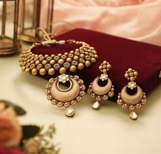 Jewelry Design Earrings, Gold Jewellery Design, Necklace Designs, Pendant Jewelry, Princess Jewelry, Gold Necklace Simple, Jewelry Photography, Jewelry Patterns, Indian Jewelry