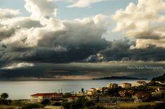 Gewitterwolken über Agios Stefanos