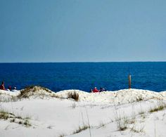 Peaceful beach at Gulf Shores Plantation, http://www.beachguide.com/GulfShores/GulfShoresPlantationCondos