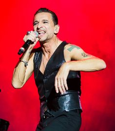 Dave Gahan of Depeche Mode at ACL photo by Debi Del Grande