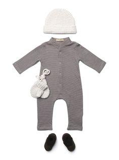 Simple!  No trains, monkeys, etc!  Just boy stylish. :)
