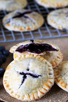 Blueberry Pie Cookies with Homemade Blueberry Pie Filling Image - desserts - Blueberry Recipes Fresh Blueberry Pie, Homemade Blueberry Pie, Blueberry Cookies, Blueberry Recipes Easy, Blueberry Ideas, Blueberry Desserts, Köstliche Desserts, Dessert Recipes, Sweets