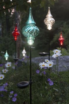 Great Solar Garden Stakes Finial   Outdoor Christmas Ornaments