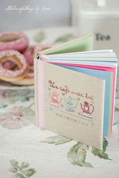 embroidery  / Un Café avec Toi (Zaza picque) by loretoidas, via Flickr