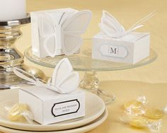 http://www.myweddingfavors.com/images/Product/28130NA_PersButterflyBox_L.jpg