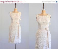 Moving Sale! ✶ Moving Sale! ✶ Moving Sale! 35% OFF!     ✧ vintage 1950s-1960s eyelash cream lace sheath dress  ✧ wide neckline  ✧ sleeveless  ✧