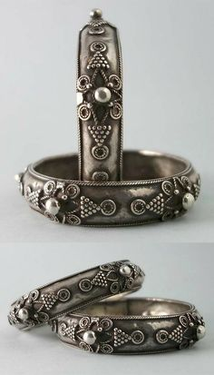 Pair of antique bracelets from Coimbatore, Tamil Nadu. Tribal Bracelets, Antique Bracelets, Silver Bangle Bracelets, Bracelets For Men, Antique Jewelry, Vintage Jewelry, Vintage Silver, India Jewelry, Ethnic Jewelry