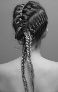 Love this french braid/cornrow pony. Chic and edgy
