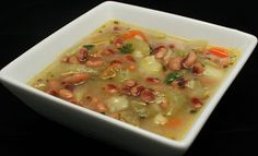 Black-Eyed Peas and Potato Soup - A chunky potato soup that includes lots of veggies! www.ultimatedanielfast.com