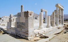Hvis din ferie går til Naxos, er det et must at besøge Dimitras tempel. Læs mere om Naxos her: www.apollorejser.dk/rejser/europa/graekenland/naxos
