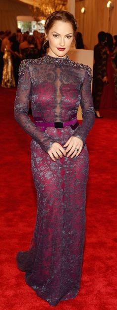 Minka Kelly  - 2013 Met Gala > Carolina Herrera♥ total class