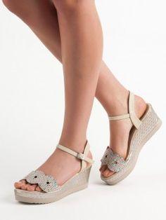 Neformálne sandále Espadrilles, Wedges, Shoes, Fashion, Espadrilles Outfit, Moda, Zapatos, Shoes Outlet, Fashion Styles