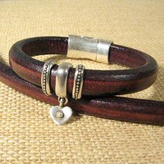 Chocolate Brown Regaliz Leather Bracelet with Silver-Tone Accent Beads and Heart Charm Ankle Bracelets, Bracelets For Men, Jewelry Bracelets, Leather Necklace, Leather Jewelry, Leather Braces, Leather Accessories, Bracelet Designs, Bohemian Jewelry