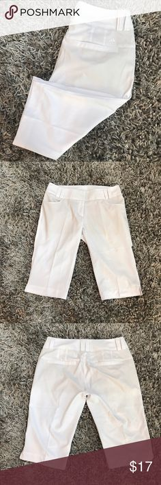 "Adidas Bermuda Shorts White Women 14 Climatelite ⭐️️long shorts  ⭐️️EUC like new  ⭐️️light weight  ⭐️️polyester  ⭐️️Approx Measurements:  Laying flat waist 17""  Length 24"" inseam 15.5"" 070617-7 trades please adidas Shorts Bermudas"