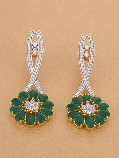 Gold Star Earrings, Women's Earrings, Wedding Earrings, Wedding Jewelry, Indian Wedding Outfits, Diamond Jewellery, Diamond Are A Girls Best Friend, Gold Stars, Floral Motif