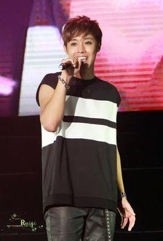 cool [Hyunbar Photo] Kim Hyun Joong Phantasm World Tour in Guangzhou 14.08.30 Check more at http://kstarwiki.com/hyunbar-photo-kim-hyun-joong-phantasm-world-tour-in-guangzhou-14-08-30/