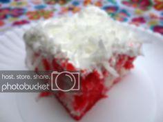 Raspberry Zinger Cake, Poke Cakes, A Food, Baking, Recipes, Bakken, Ripped Recipes, Backen