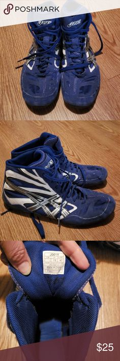 20c5873d003a18 Asics Wrestling Shoes Mens Size 13 They are broken in