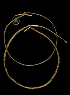 A History of Ireland in 100 Objects – Tara torcs, c.1200BC