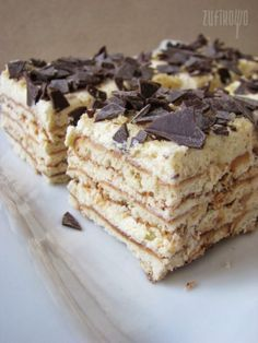 Herbatnikowe tiramisu z orzechami Polish Desserts, Low Carb Side Dishes, Food Cakes, Vanilla Cake, Tiramisu, Cake Recipes, Sweet Tooth, Cooking Recipes, Sweets