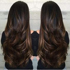 Brunette with caramel ribbons. LOVE THIS. Color by @harttofcolor #hair #hairenvy…